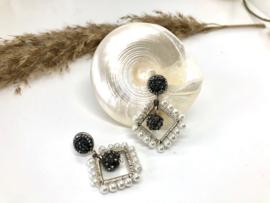 oorbellen zilver vierkant parels wit en kristal