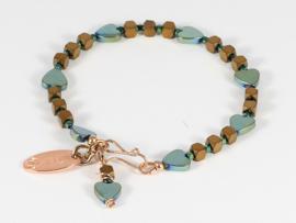 armband met hartjes in metalic groen van hematiet