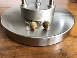 oorbellen kort goud met unakiet