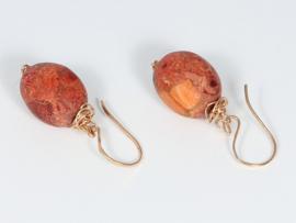 oorbellen roségoud met sponskoraal