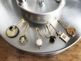 steekmarkeerders goud met edelstenen