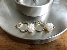 oorbellen goud creolen en parels