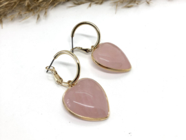oorbellen met creolen en rozenkwarts hart