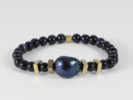 armband donkerblauw goudsteen en barokparel