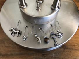 Steekmarkeerders zilver met tijgeroog - leeuw