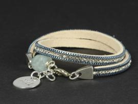 armband suède met kristallen licht blauw