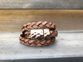 armband met gevlochten licht bruin leer