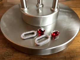 oorbellen lang zilver met zirkonia en swarovski rood