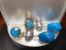oorbellen lang goud met jade blauw en barokparel