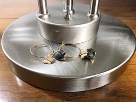 oorbellen creolen goud met grijs kristal