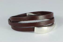 armband met drie dubbel bruin leer en magneetslot