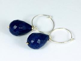 oorbellen creolen zilver met donkerblauwe jade druppel