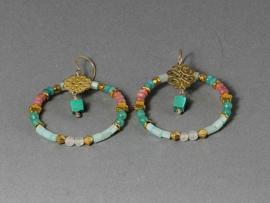 oorbellen lang met jade en roze kwarts in goiud