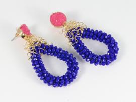 oorbellen XL met roze druzy's gouddraad en facet kristal kobalt