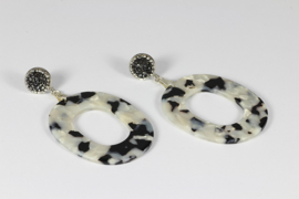 oorbellen zilver oorstekers kristal met zwart/wit resin