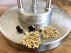 oorbellen lang swarovski en koraaltak messing
