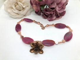 collier firecrackled agaat roze