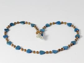 Collier met hartjes in metalic blauw van hematiet