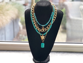 messy layered necklace goud
