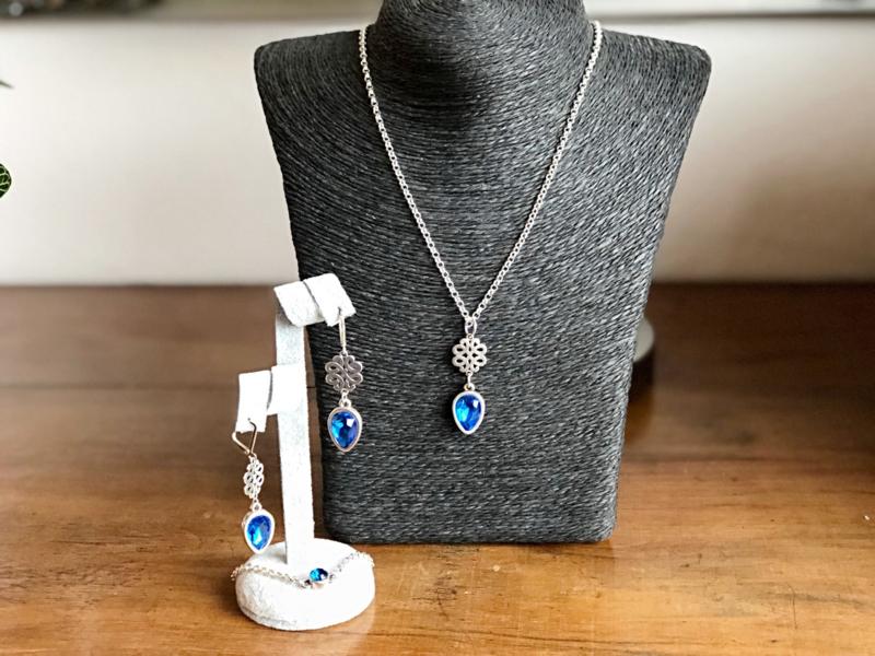 sieradenset zilver met swarovski blauw