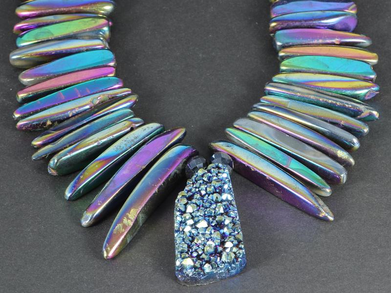 collier rainbow titanium