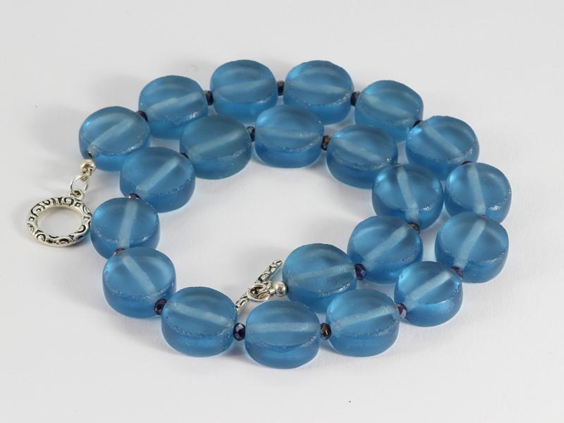 collier kort oud glas in blauw met swarovski