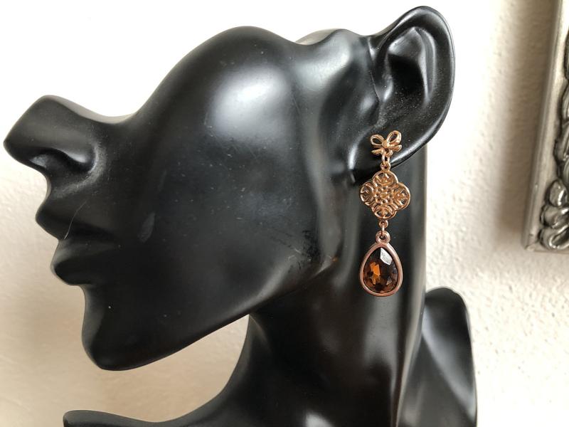 oorbellen rosegoud met swarovski topaas