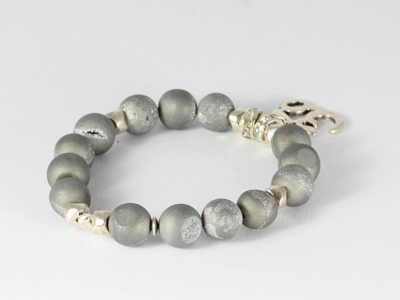 armband silver titanium druzy agaat met ohm bedel