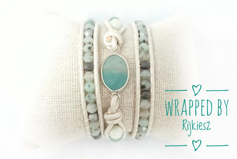 Aquamarine pastel wrap