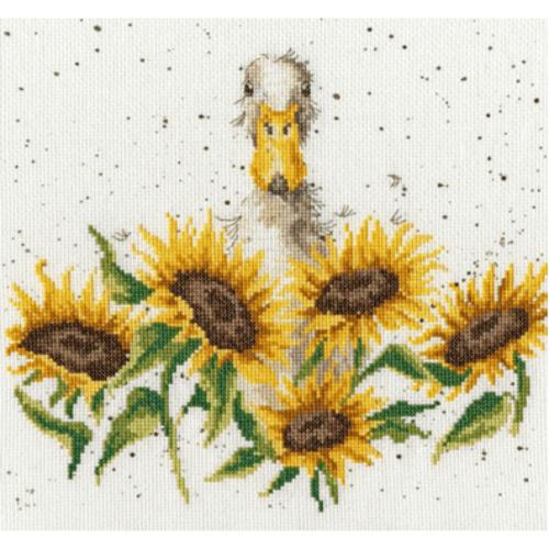 Borduurpakket Kruissteek   Eend met zonnebloemen (Bothy Threads)