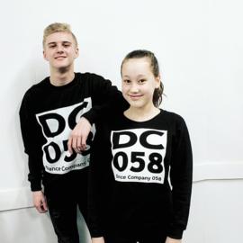 DC058 Sweater