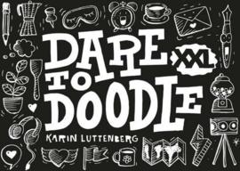 Dare to Doodle XXL Boek + 1 Doodle Oefenblok A5 Formaat, Wire-O gebonden. Kleur omslag Zwart