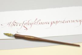 Handwritmic Walnut Dark Wood Nib Penhouder