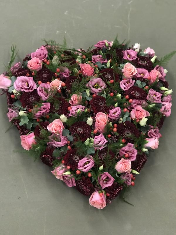 Hart met gemengde bloemen - Circa 50cm