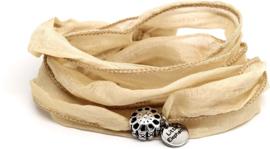 Zijde knoop armband flower beige