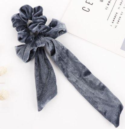 Scrunchie fluweel met strik grijsblauw