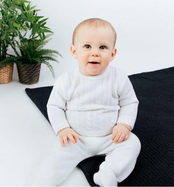 Babypakje 2-delig  offwhite gebreid