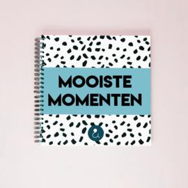 Mooiste Momenten boek - lichtblauw