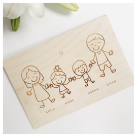 FAMILIEPOSTER OP HOUT