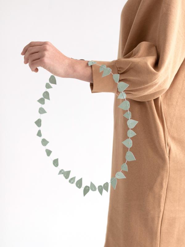 JURIANNE MATTER TWIG LEAVES - sage green
