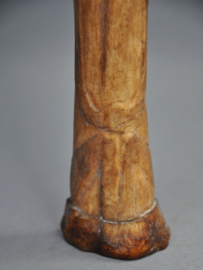 Bewerkte benen fetish vd LEGA stam, DR Congo, midden 20e eeuw