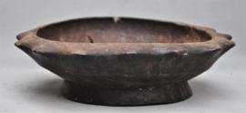 Oude tribaal gebruikte houten kom, IFUGAO , Luzon, 1e helft 20e eeuw