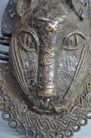 Grote zware bronzen luipaardkop plaque, Benin City, Nigeria, ca. 1980