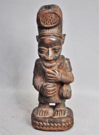 Old flute player statue, YORUBA, Nigeria, mid-20th century