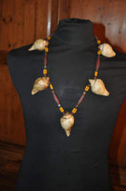 Ethnic necklace with pointy shells and glass beads; NAGA tribe, India