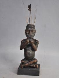 Oud tribaal gebruikt altaarbeeldje, BACONGO/YOMBE, DR Congo, ca 1950