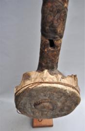 Zéér oud en groot snaarinstrument, herkomst onbekend, 1880-1900