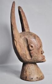 Ouder hoofdmasker van de MAMA, Nigeria, ca 1960