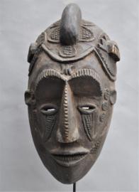 Expressief gelaatsmasker van de IBO, Nigeria, ca 1970