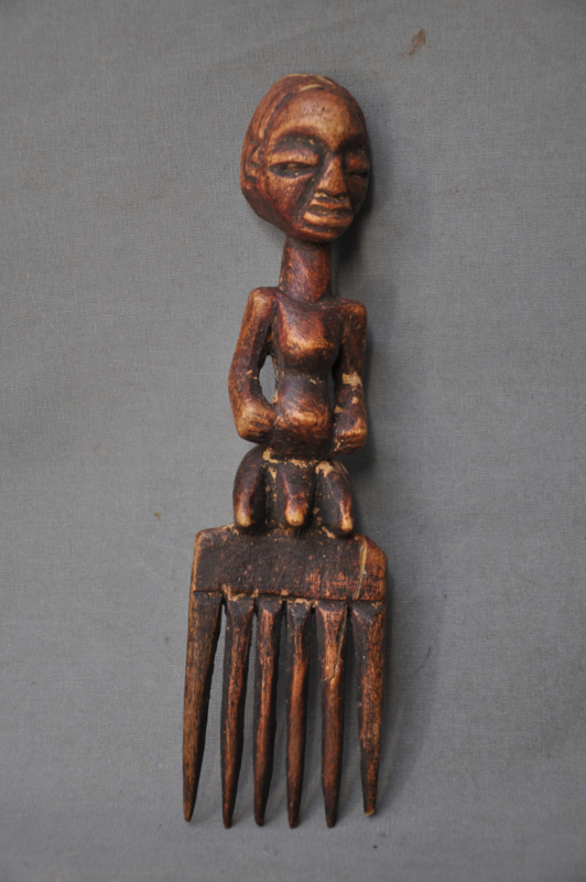 Tribal wooden comb, LUBA tribe, D.R. Congo, approx. 1980